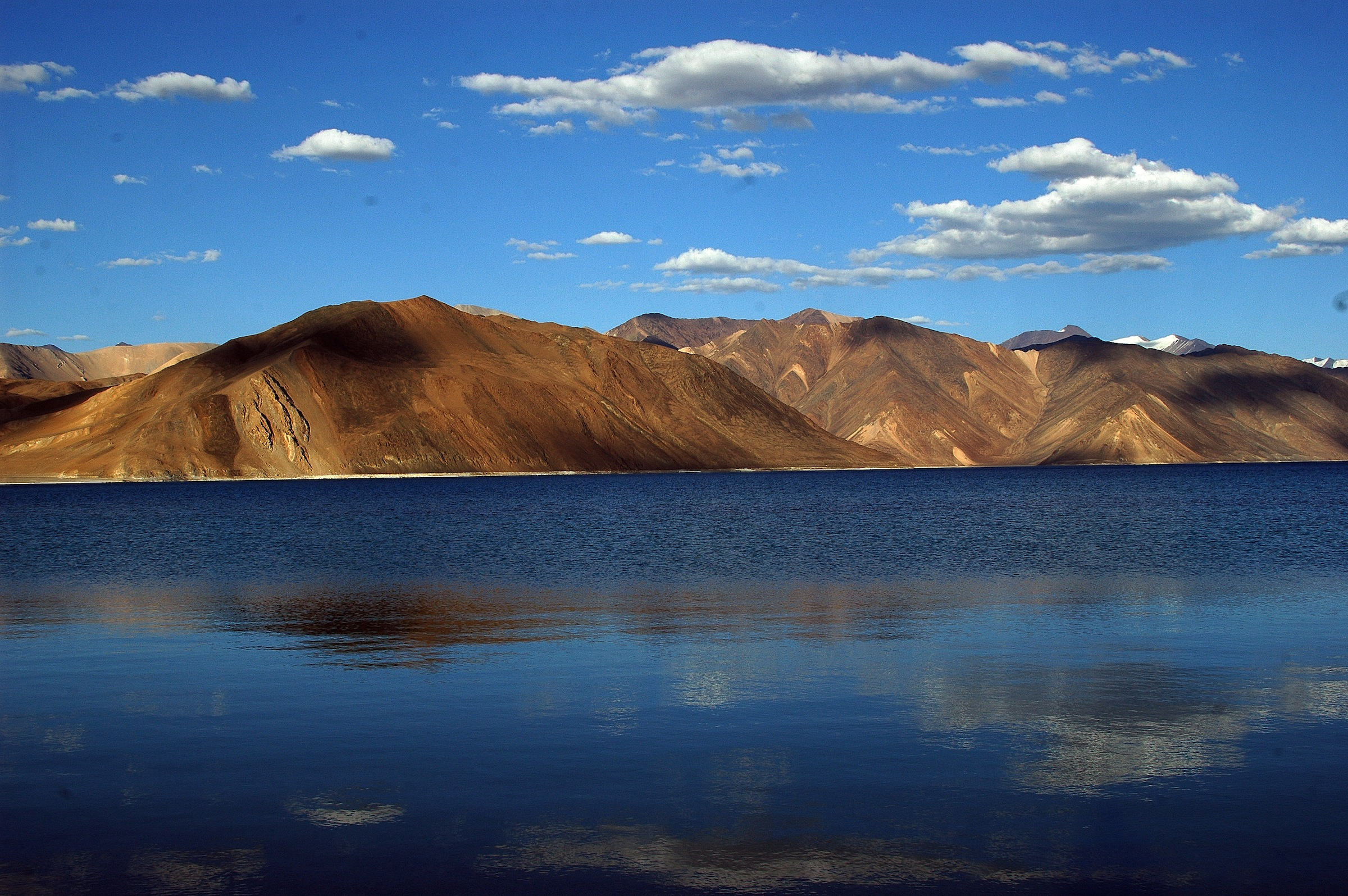 Honeymoon in Pangong